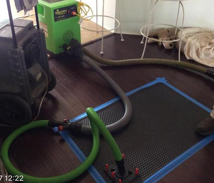 Floor Drying in Water Damages